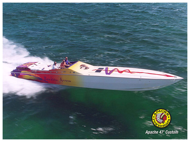 Broken Arrow 47' - Apache Powerboats