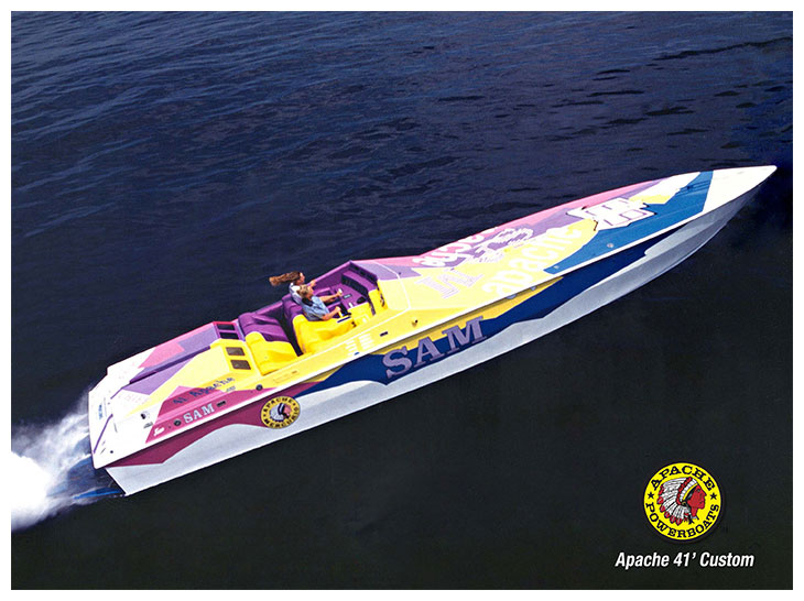 Sam 41' - Apache Powerboats