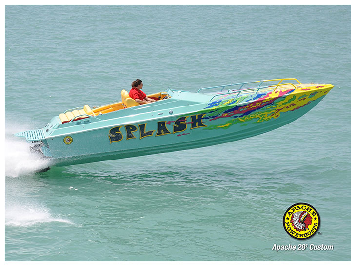 Splash 28' - Apache Powerboats